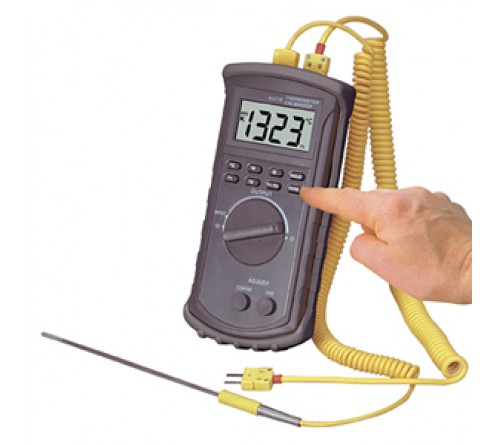 Omega CL3512A Handheld Temperature Thermocouple Calibrator and Thermometer